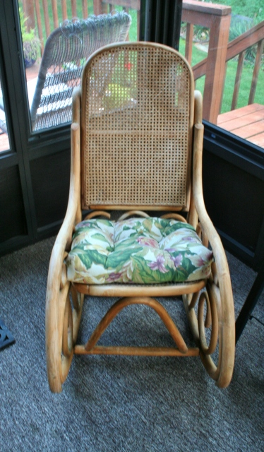 painting-upholstery-chair-cushion