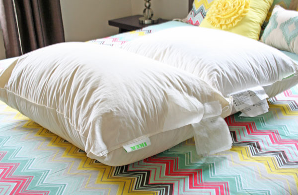 how to clean feather pillows rhapsody in rooms. Black Bedroom Furniture Sets. Home Design Ideas