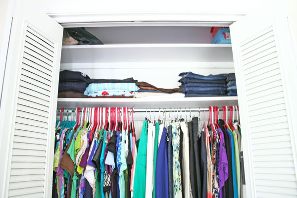 To Color or Not to Color: Painting a Closet to White to Allow Bigger, Bolder Moments | www.rappsodyinrooms.com